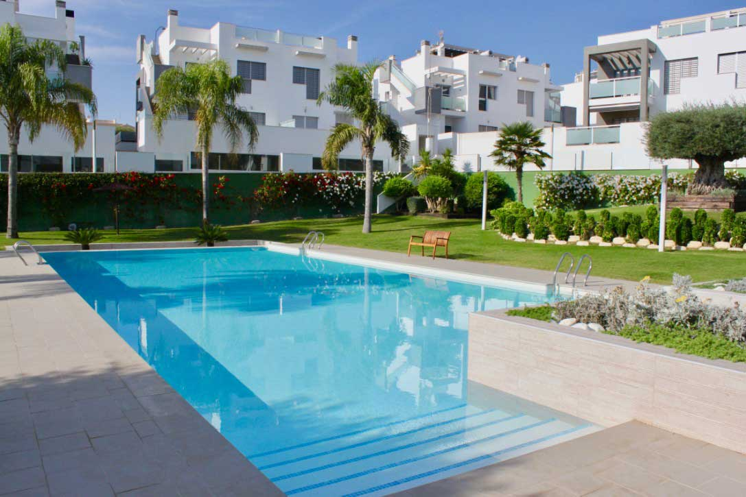 2 bedroom apartment amay quinto, punta-prima