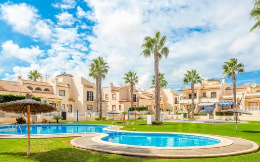 3 bed townhouse playa flamenca