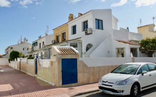 3 Bedroom Townhouse La Rosaleda