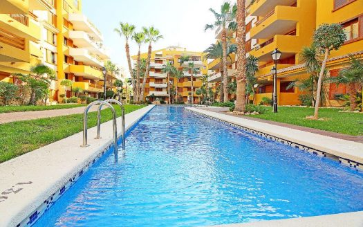 2 Bed Apartment La Ricoleta